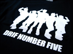 DRIF NUMBER FIVE Tシャツ